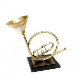 F - Trumpet Table Decor